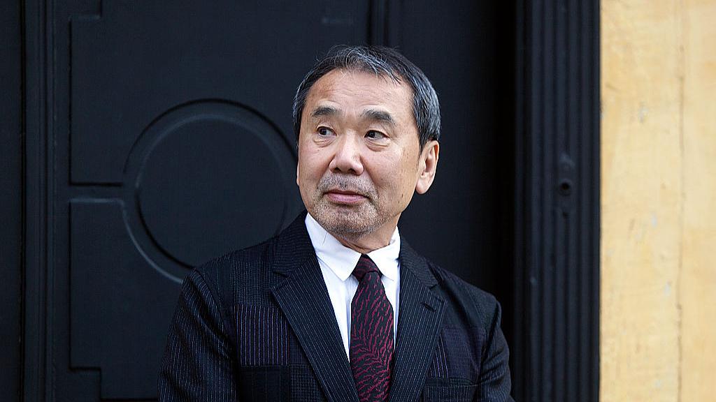 """Milyen zenéket hallgat az egyik """"legzeneibb"""" író, Murakami Haruki?"""